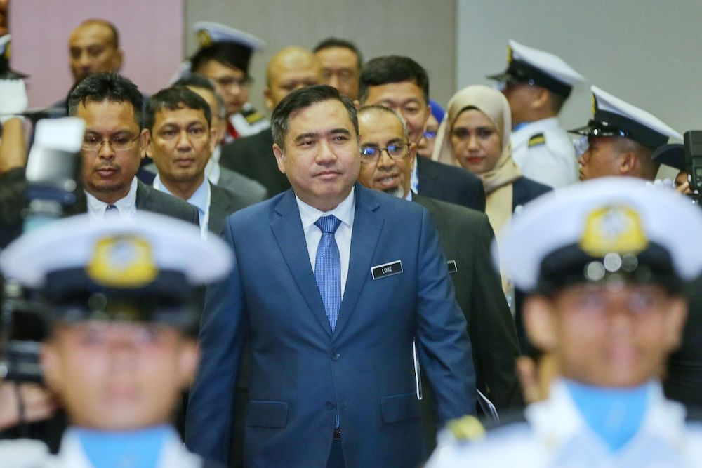 Transport Minister Anthony Loke arrives at the Kuala Lumpur Convention Centre to launch the World Maritime Week 2019 National Celebrations, September 10, 2019. — Picture by Ahmad Zamzahuri