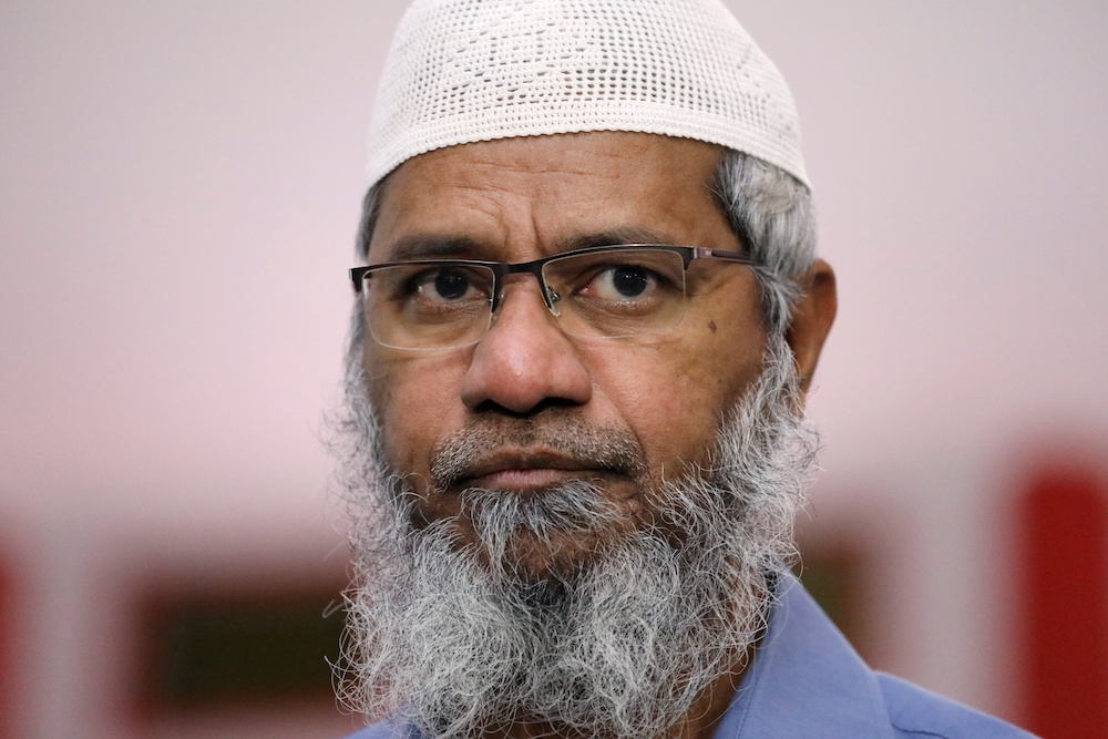 Indian Islamic preacher Dr Zakir Naik (pic) filed the suit in October last year claiming that Ramasamy had issued defamatory statements against him and linking him to the LTTE issue. — Reuters pic