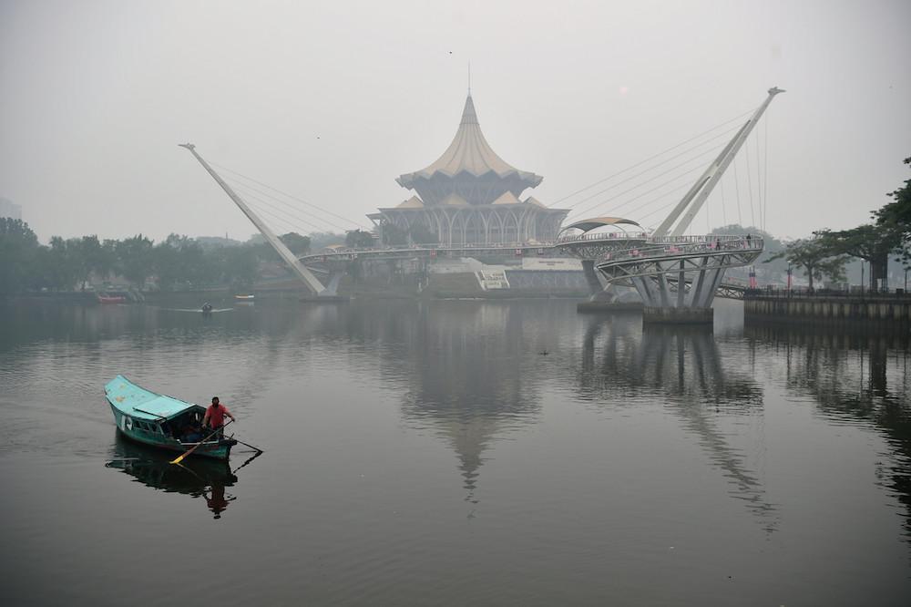 The Sarawak State Legislative Assembly is shrouded in haze in Kuching September 19, 2019. — Bernama pic