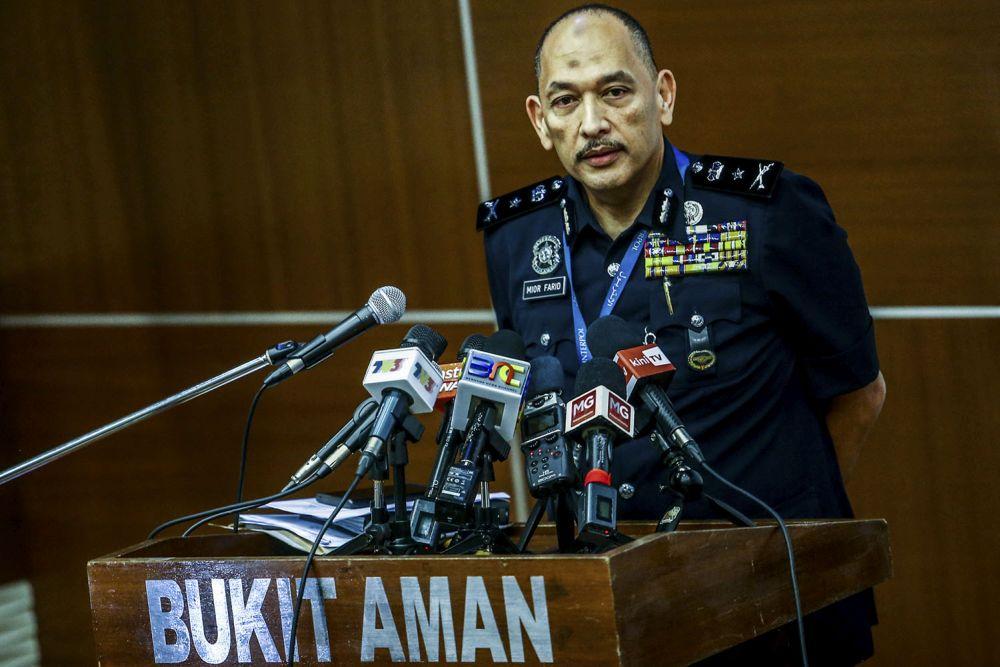 米尔说,该名受传召者将于8月4日上午11时30分到武吉阿曼警察总部录供。-Hari Anggara摄-