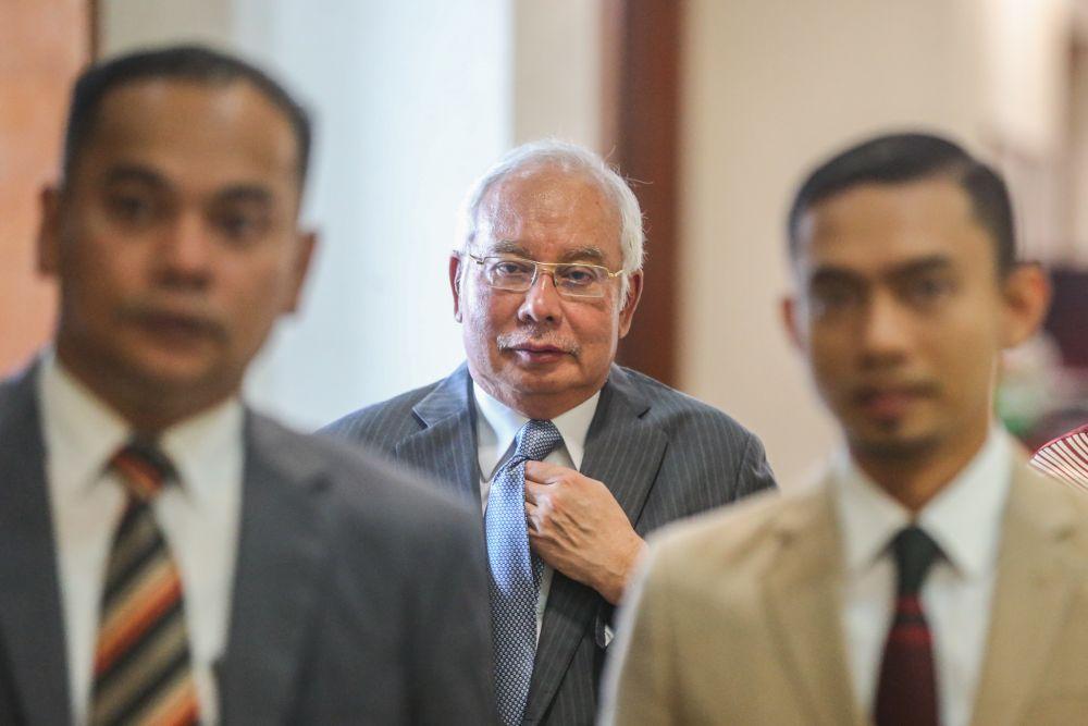 Datuk Seri Najib Razak arrives at the Kuala Lumpur High Court September 26, 2019.— Picture by Firdaus Latif
