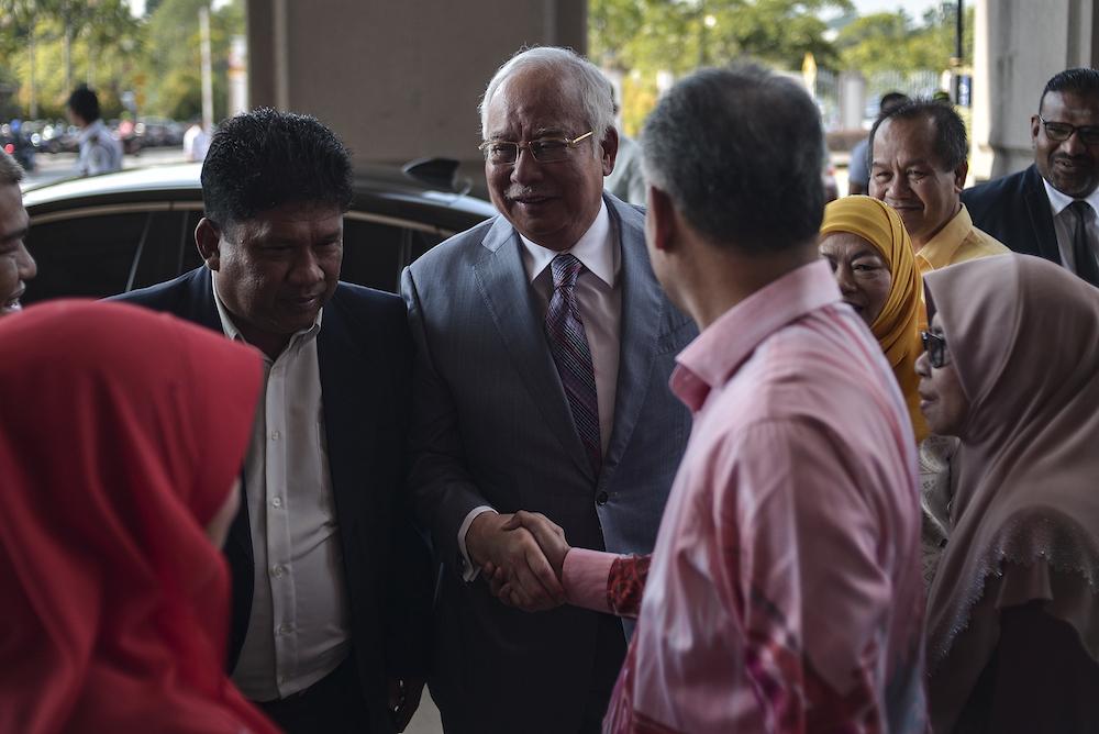 Former prime minister Datuk Seri Najib Razak arrives at the Kuala Lumpur Courts Complex October 9, 2019. — Picture by Shafwan Zaidon