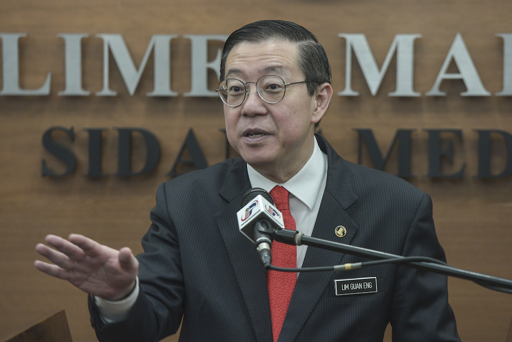 Lim said this was in line with the government's plan to distribute a one-off RM30 e-credit to eligible Malaysian e-wallet users. — Picture by Shafwan Zaidon