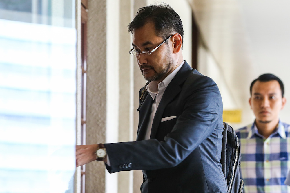 In Datuk Mohammed Azhar Osman Khairuddin's August 27 application filed through a third party notice naming both former directors, he gave notice to Datuk Shahrol Azral Ibrahim Halmi (pic) and Tan Sri Ismee Ismail that he is claiming indemnity from them. — Picture by Yusof Mat Isa