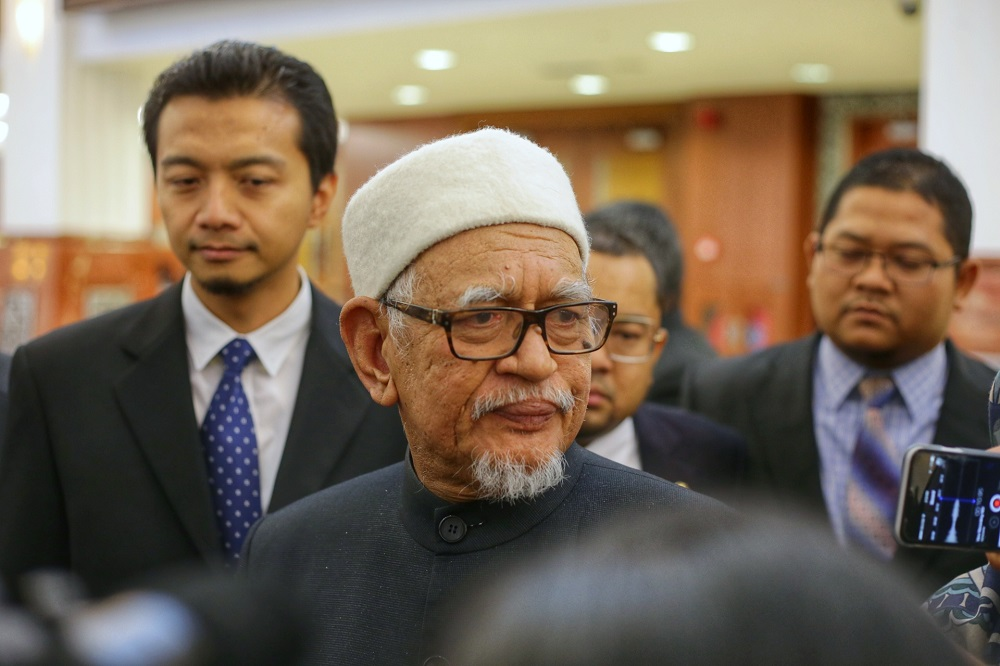 Abdul Hadi also reiterated the party's call for its supporters in Tanjung Piai to vote for Barisan Nasional candidate Datuk Seri Wee Jeck Seng from MCA. — Picture by Ahmad Zamzahuri