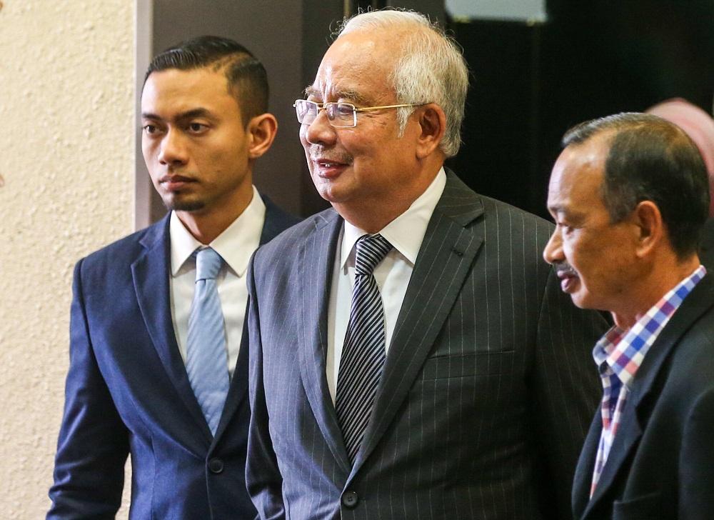 Datuk Seri Najib Razak is pictured at the Kuala Lumpur High Court October 24, 2019. — Picture by Firdaus Latif
