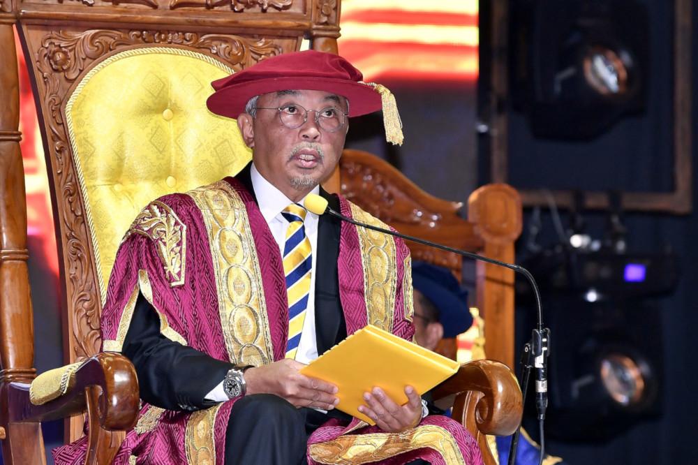 国家元首苏丹阿都拉也是吉隆坡大学的名誉校长,陛下周六出席该大学第16届毕业典礼。-马新社-