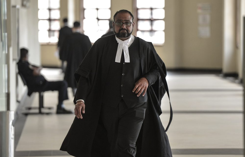 Lawyer Harvinderjit Singh is seen at the Kuala Lumpur High Court Complex, October 23, 2019. ― Picture by Shafwan Zaidon