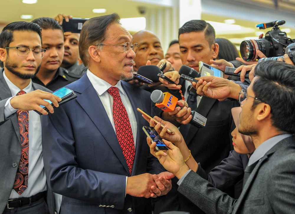 Port Dickson MP Datuk Seri Anwar Ibrahim speaks to reporters at Parliament in Kuala Lumpur October 16, 2019. ― Picture by Firdaus Latif