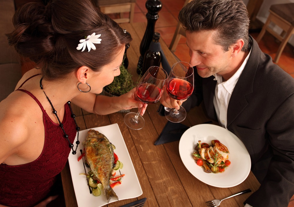 Dating is a hot theme in reality TV. — IStock/AFP pic