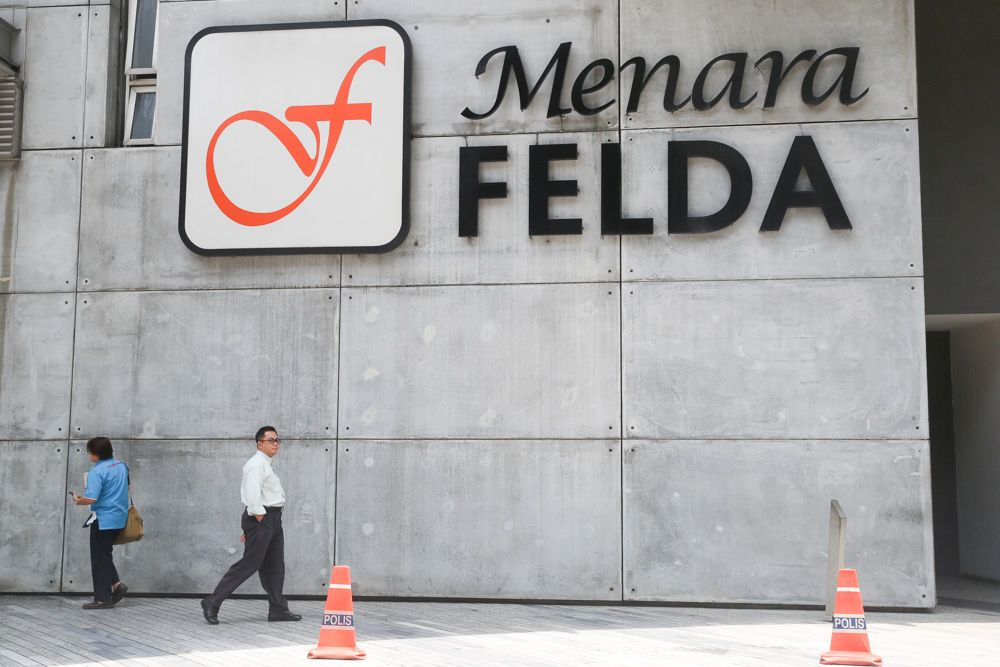 Felda bought 9.97 million more shares in FGV Holdings Bhd from the open market for RM12.96 million. — Picture by Choo Choy May