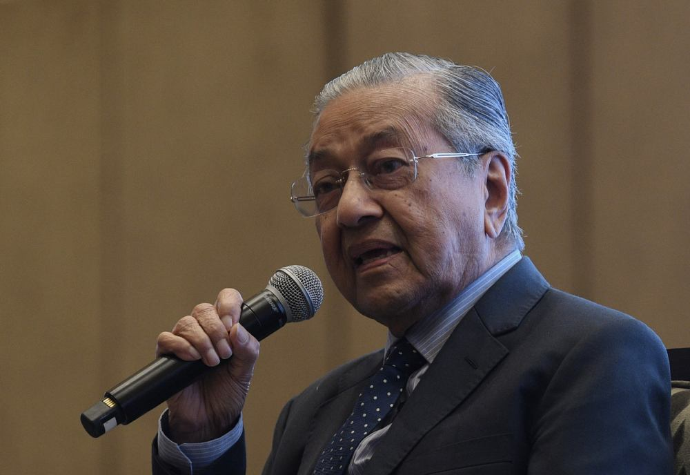 Tun Dr Mahathir Mohamad speaks during a Q&A session at the Malaysia Beyond 2020 conference by ISIS Malaysia at Hilton Kuala Lumpur today, October 21, 2019. ― Bernama pic