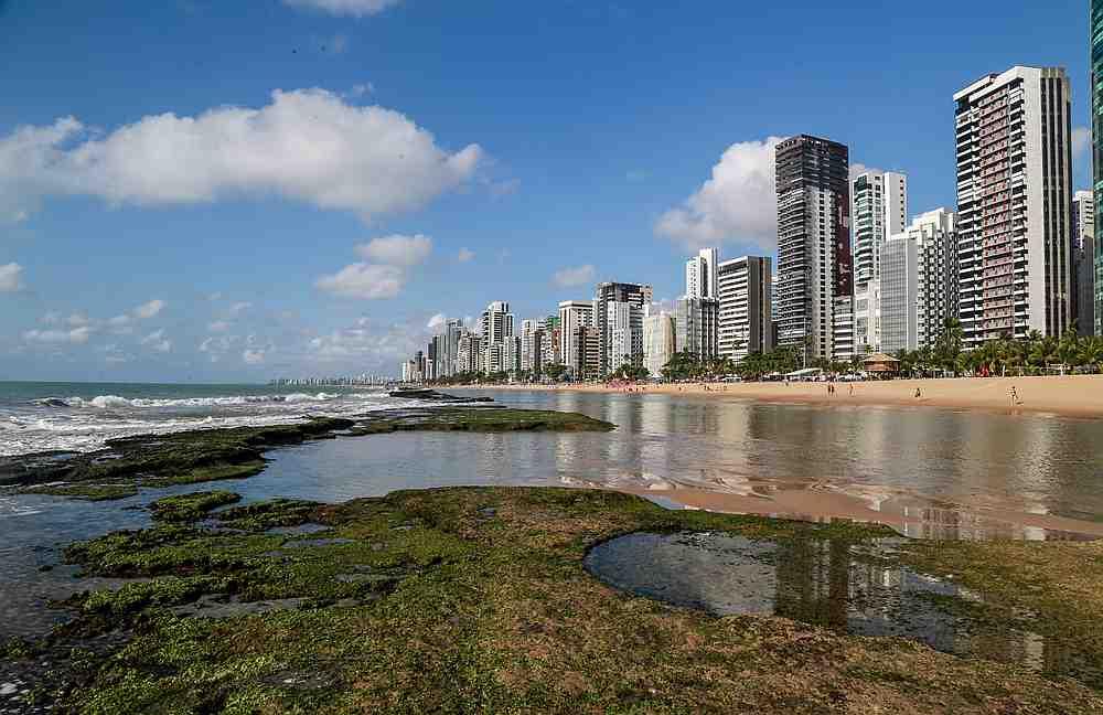 An oil spill is seen on Boa Viagem beach in Recife, Pernambuco state, Brazil September 27, 2019. — Reuters pic