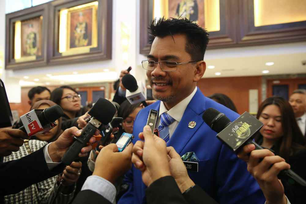 Deputy Home Minister Datuk Mohd Azis Jamman said another 19,388 foreigners are waiting to return home. ― Picture by Yusof Mat Isa