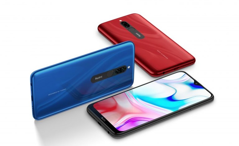 Xiaomi's Redmi 8 available in three colours ― Onyx Black, Sapphire Blue and Ruby Red. ― Picture via SoyaCincau