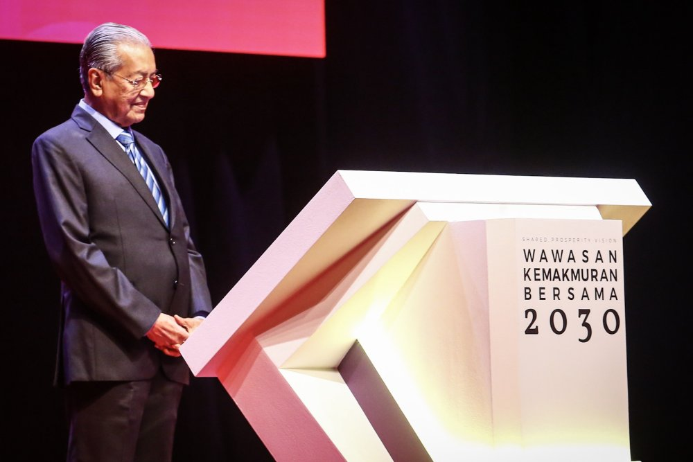 Prime Minister Tun Dr Mahathir Mohamad officiates the Shared Prosperity Vision 2030 in Kuala Lumpur October 5, 2019. ― Picture by Hari Anggara