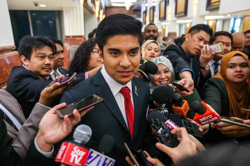 Bersatu Youth chief Syed Saddiq Abdul Rahman says former DAP lawmaker Ronnie Liu's opinion piece titled 'Mahathir: The paper tiger' and which suggested PH did not need Bersatu was disrespectful and rude.― Picture by Firdaus Latif