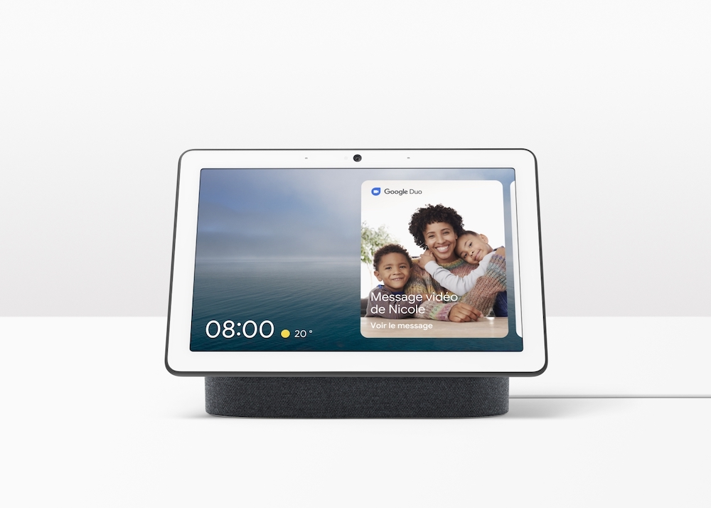 Google's Nest Hub Max can now automatically react to users when they're up to five feet away. — Picture courtesy of Google