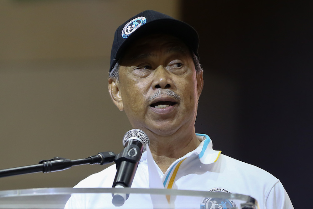 Home Minister Tan Sri Muhyiddin Yassin said the construction of a third bridge linking Johor and Singapore is a long-term measure to tackle congestion at the BSI Customs, Immigration and Quarantine complex and Sultan Abu Bakar CIQ complex. — Picture by Yusof Mat Isa