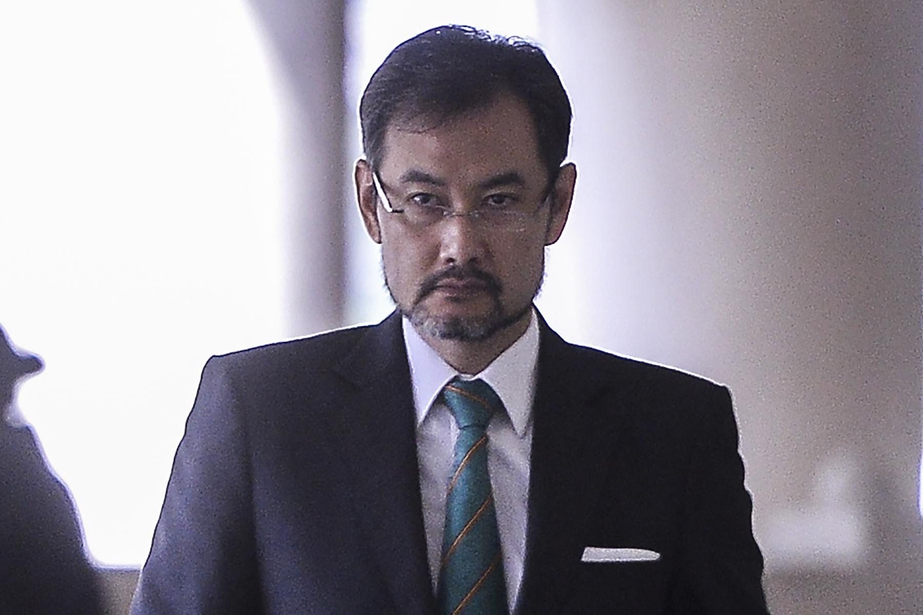 Former 1MDB CEO Datuk Shahrol Azral Ibrahim Halmi at the Kuala Lumpur High Court November 6, 2019. — Picture by Miera Zulyana