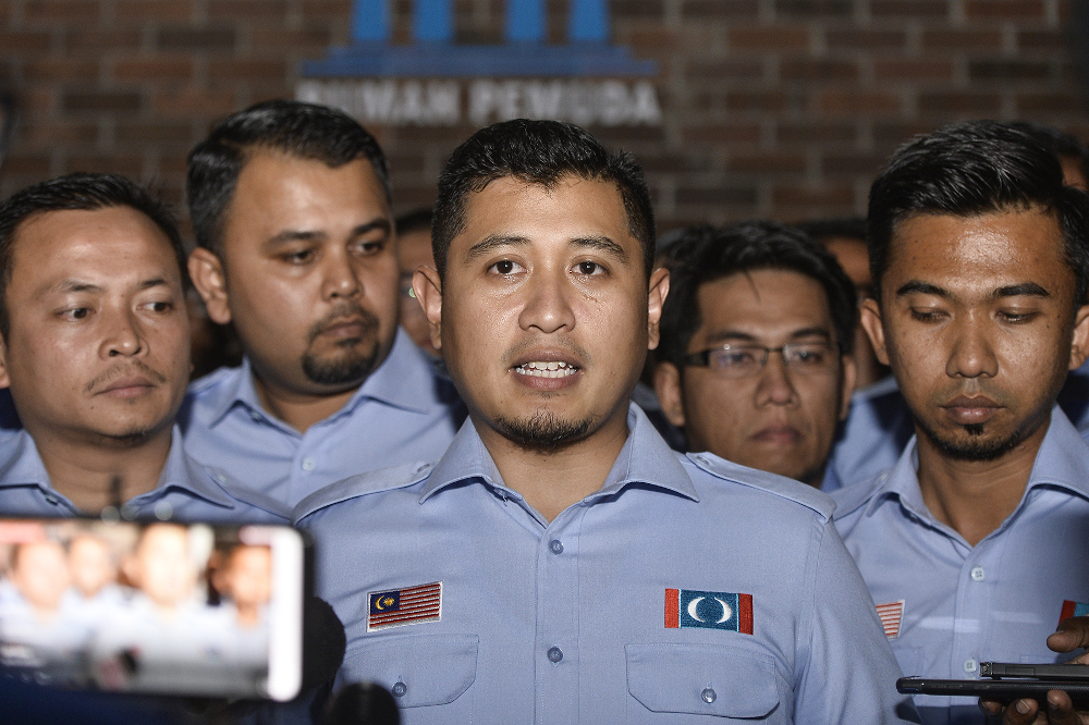 PKR Youth deputy chief Muhammad Hilman Idham speaks to reporters after PKR Youth Congress Meeting at Shah Alam on November 20, 2019. — Picture by Miera Zulyana