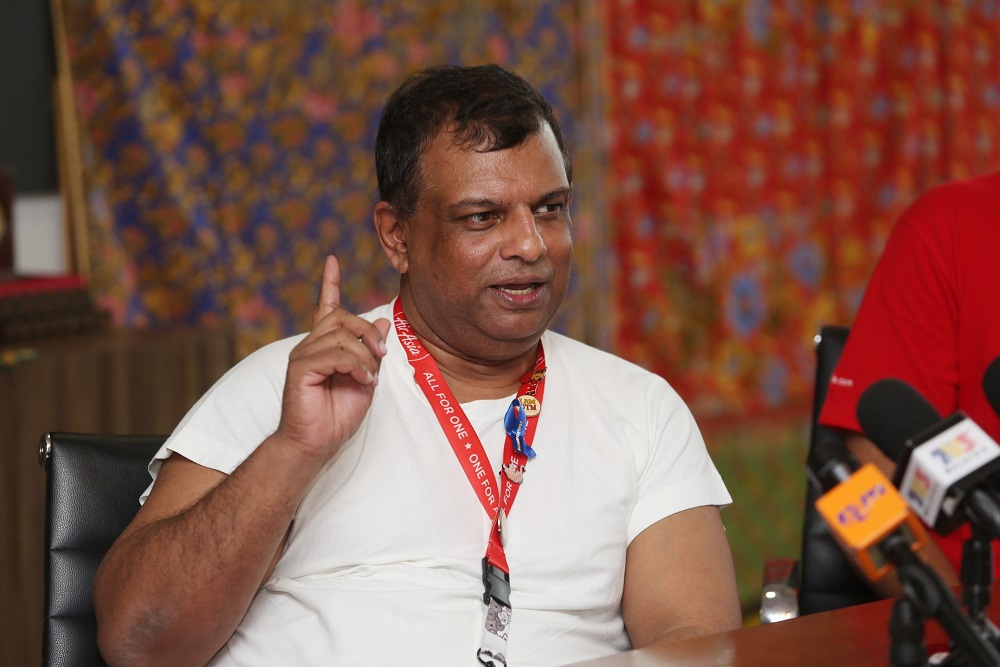 AirAsia group chief executive officer Tan Sri Tony Fernandes said Ourfarm connects farmers and fishermen directly to businesses, especially in the food supply like restaurant and food truck to boost their income. — Picture by Choo Choy May