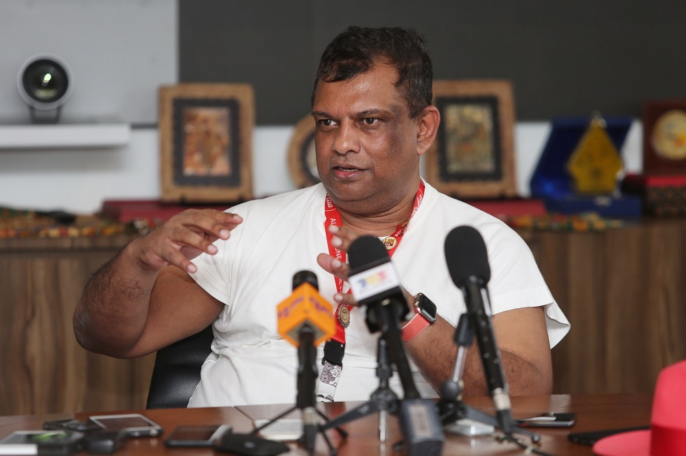 AirAsia Bhd Chief Executive Officer Tan Sri Tony Fernandes speaks during a press conference in at AirAsia RedQ in Sepang November 15, 2019. — Picture by Choo Choy May