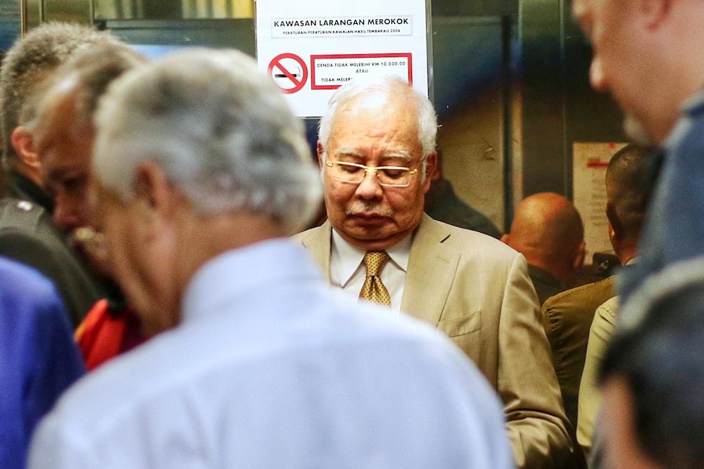 Datuk Seri Najib Razak is pictured at the Kuala Lumpur High Court November 18, 2019. — Picture by Ahmad Zamzahuri