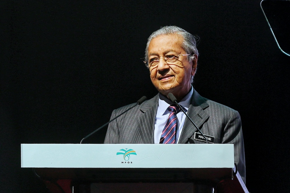 Prime Minister Tun Dr Mahathir Mohamad arrived at Busan's Gimhae Air Base today to attend the Asean-South Korea Commemorative Summit 2019. — Picture by Ahmad Zamzahuri