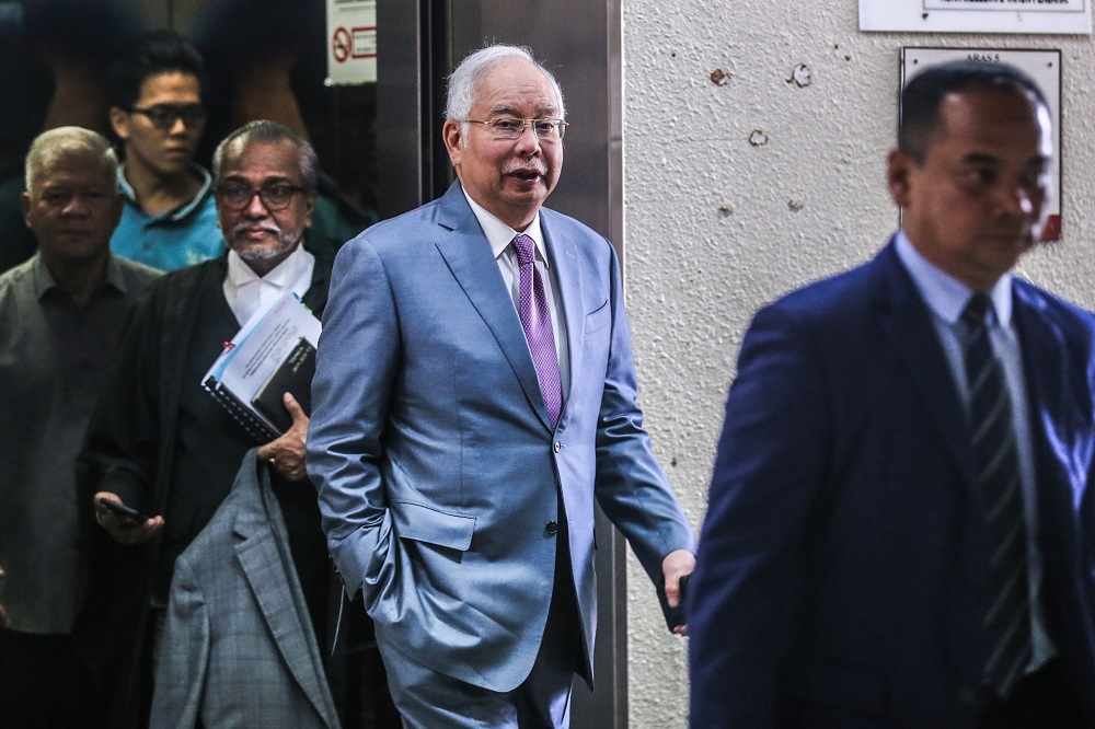 Former prime minister Datuk Seri Najib Razak is pictured at the Kuala Lumpur Courts Complex November 21, 2019. — Picture by Firdaus Latif