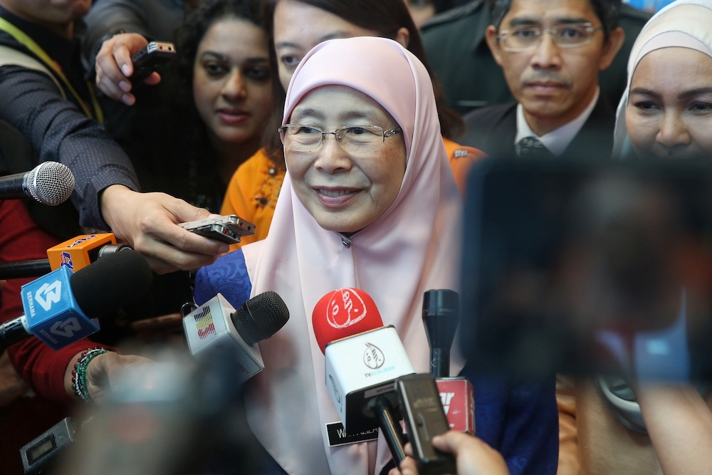 Deputy Prime Minister Datuk Seri Dr Wan Azizah Wan Ismail speaks to the media after officiating the Malaysian Family Declaration at Malaysian Global Innovation And Creativity Centre (MAGIC) in Cyberjaya November 25, 2019. — Picture by Choo Choy May