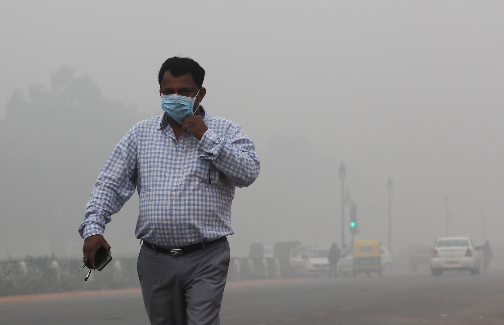 More than 480 million people living in the vast swathes of central, eastern and northern India, including the capital, New Delhi, endure significantly high pollution levels. — Reuters pic