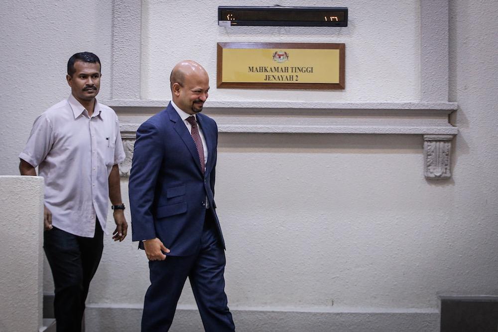 Former 1MDB CEO, Arul Kanda Kandasamy, is pictured at the Kuala Lumpur Courts Complex November 18, 2019. — Picture by Hari Anggara