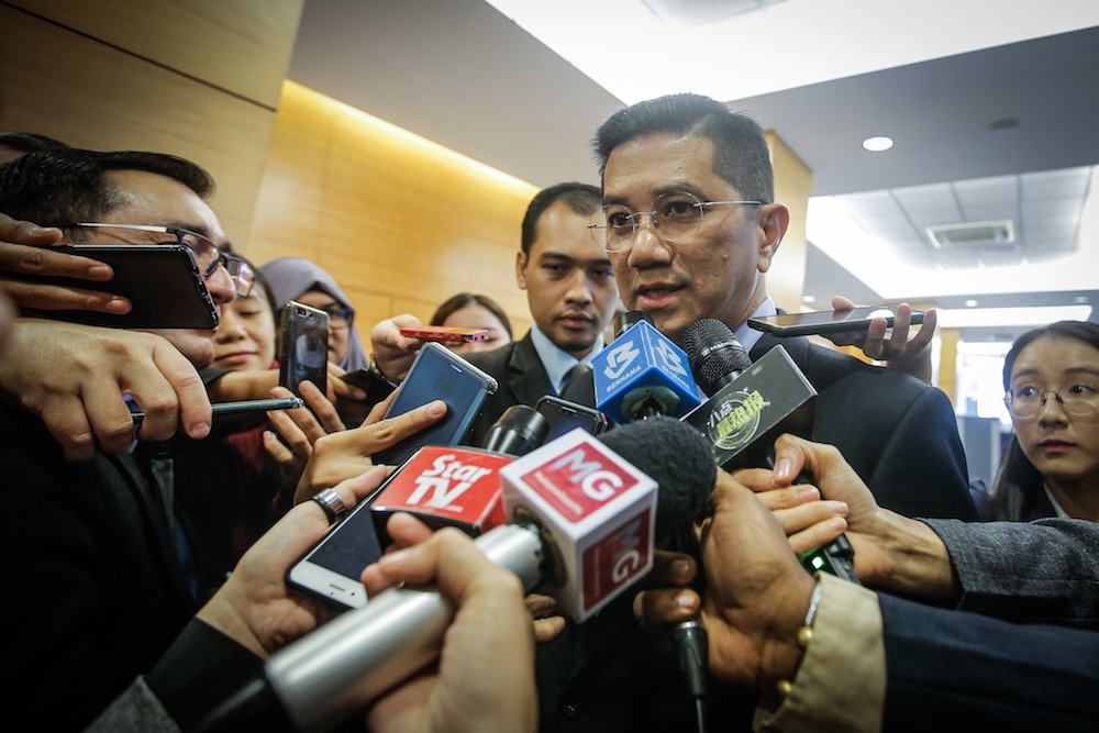 PKR deputy president Datuk Seri Azmi Ali and 20 of the party's central committee went on to press PKR president Datuk Seri Anwar Ibrahim to apologise over the matter, saying the decision was not formally endorsed by two thirds of the committee. — Picture by Hari Anggara