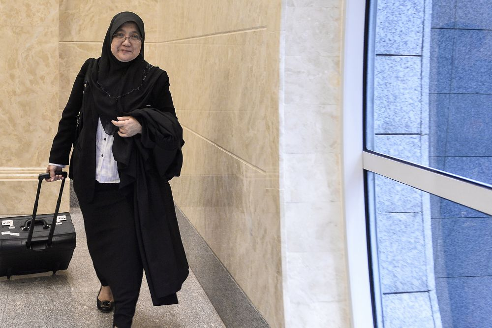 Senior federal counsel Suzana Atan, who represented the attorney general as amicus curiae, said that an illegitimate child would follow the religion of the mother and agreed that Rosliza would never be a Muslim to begin with if she is illegitimate. — Picture by Miera Zulyana