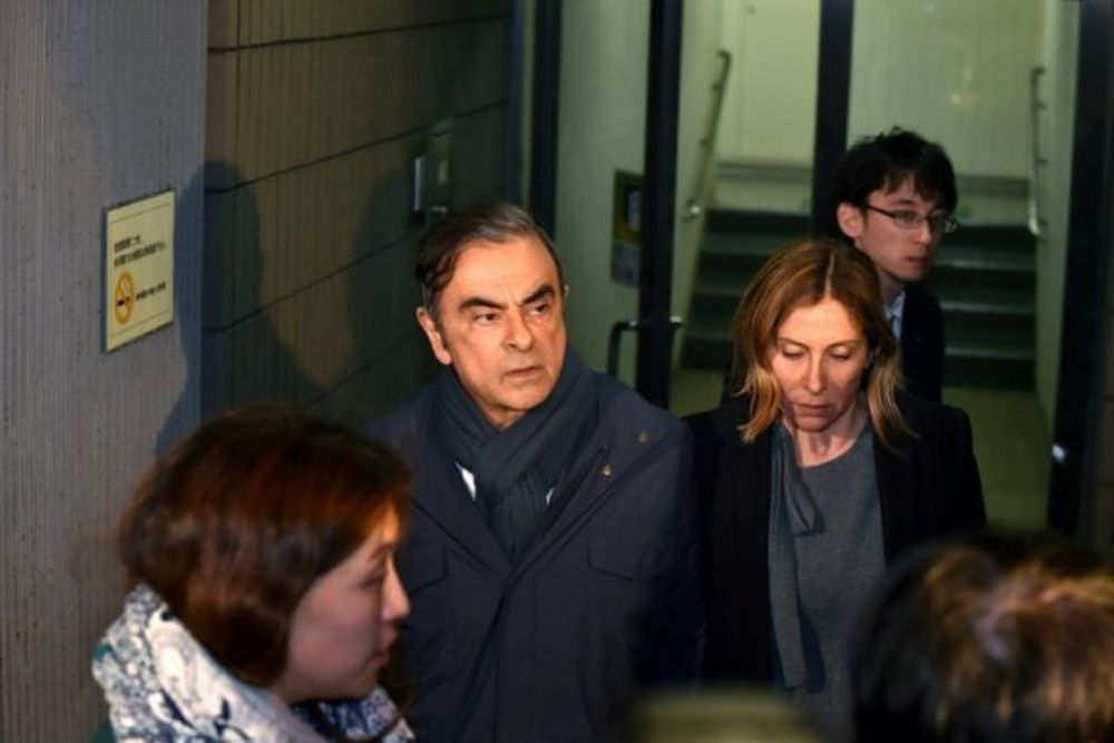 Former Nissan boss Carlos Ghosn spoke to his wife for the first time in eight months, November 22, 2019, after a Tokyo court lifted a ban on contact between the pair. — AFP pic
