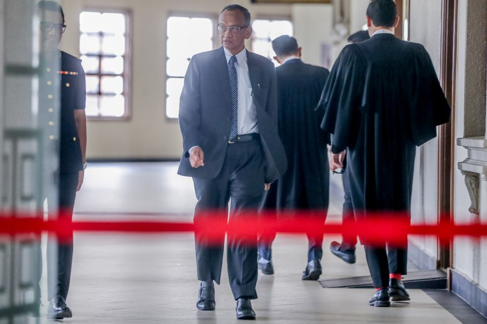 Former auditor-general Tan Sri Ambrin Buang is pictured at the Kuala Lumpur High Court November 28, 2019. — Picture by Firdaus Latif
