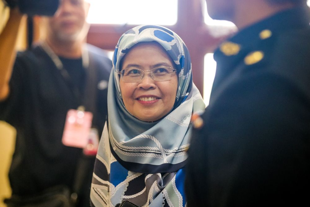 Witness Nor Salwani Muhammad is pictured at the Kuala Lumpur Court Complex November 21, 2019. — Picture by Firdaus Latif