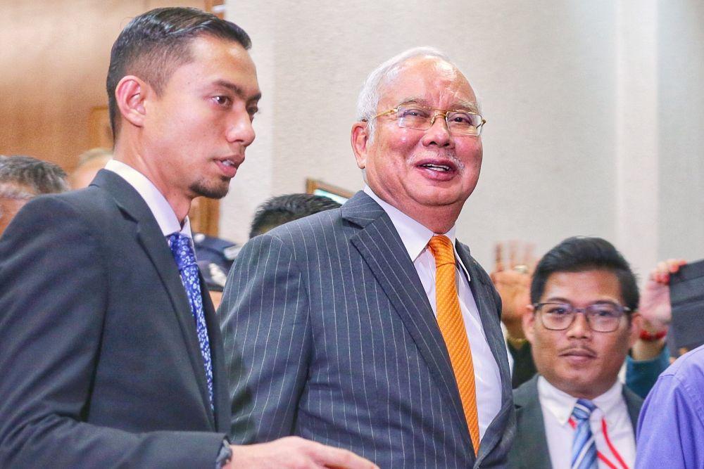 Datuk Seri Najib Razak is pictured at the Kuala Lumpur High Court November 11, 2019. — Picture by Ahmad Zamzahuri