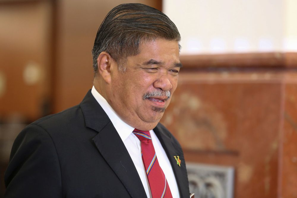 Defence Minister Mohamad Sabu says although the world iss facing the threat of the Covid-19 outbreak, Malaysia hopes the situation will recover in the near future and it will not have much impact on DSA 2020. — Picture by Yusof Mat Isa