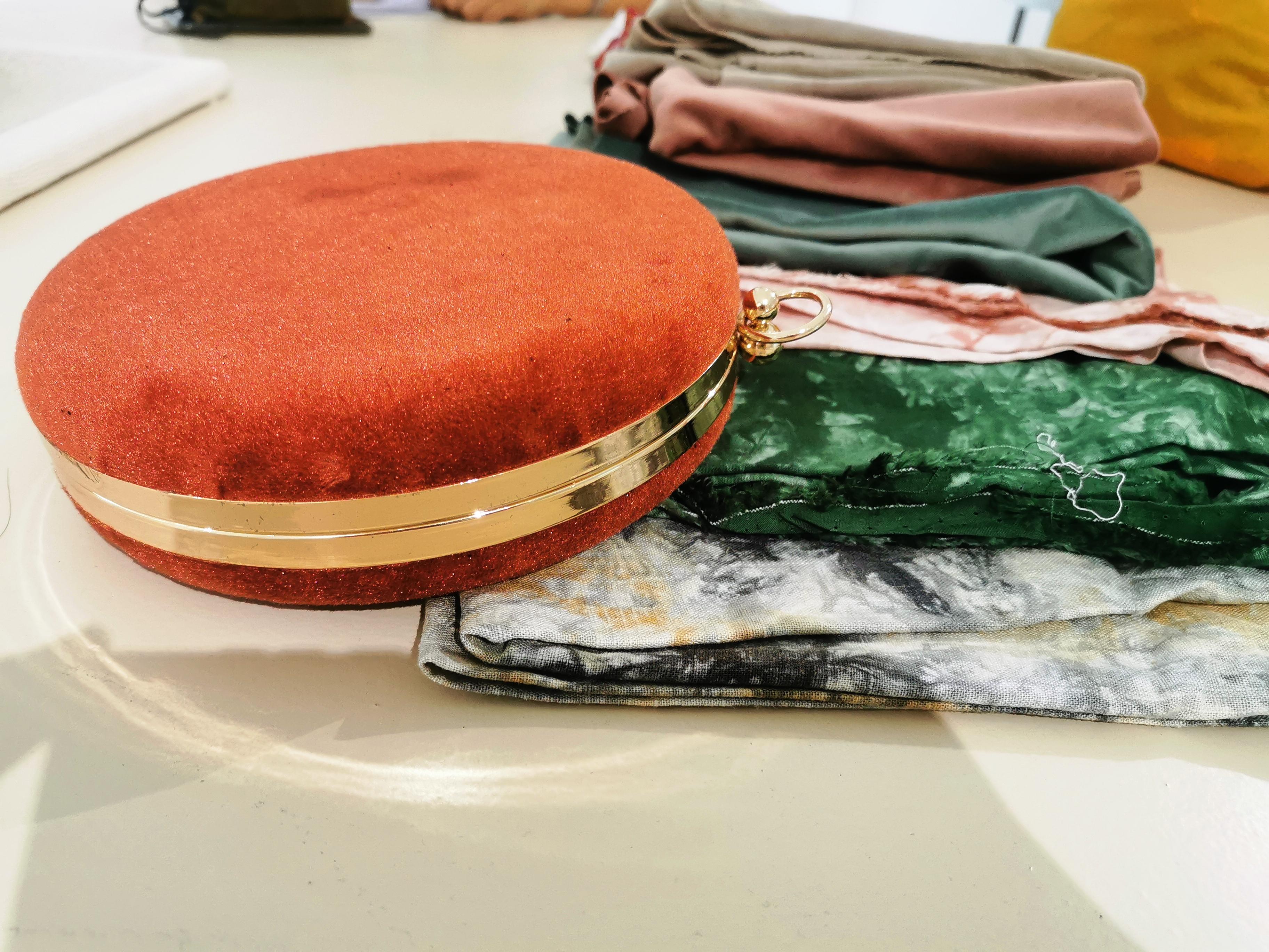 精致手提包手作也是Herohand蛮受欢迎的课程之一。-杨琇媖摄-