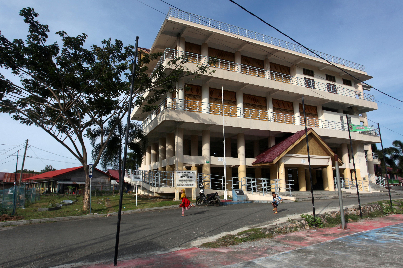 印尼北部亚齐省受印度洋大海啸重创后,当局在班达亚齐建造了海啸避难中心。-路透社-
