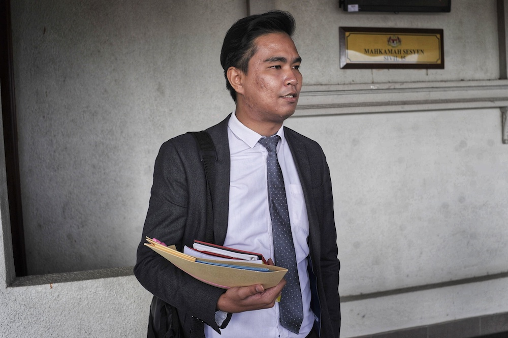 Lawyers for Liberty legal coordinator Zaid Malek (pic) said that both Gobi and Datchinamurthy will be appealing against the decision and their appeals are being expedited. — Picture by Shafwan Zaidon