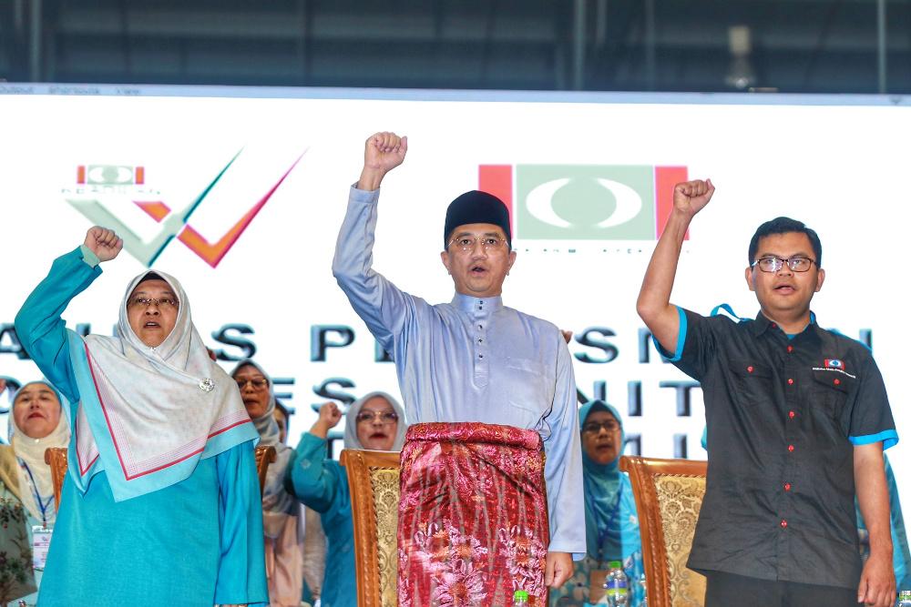 PKR deputy president Datuk Seri Azmin Ali attends the PKR Women and Youth congress in Melaka December 5, 2019. — Picture by Yusof Mat Isa