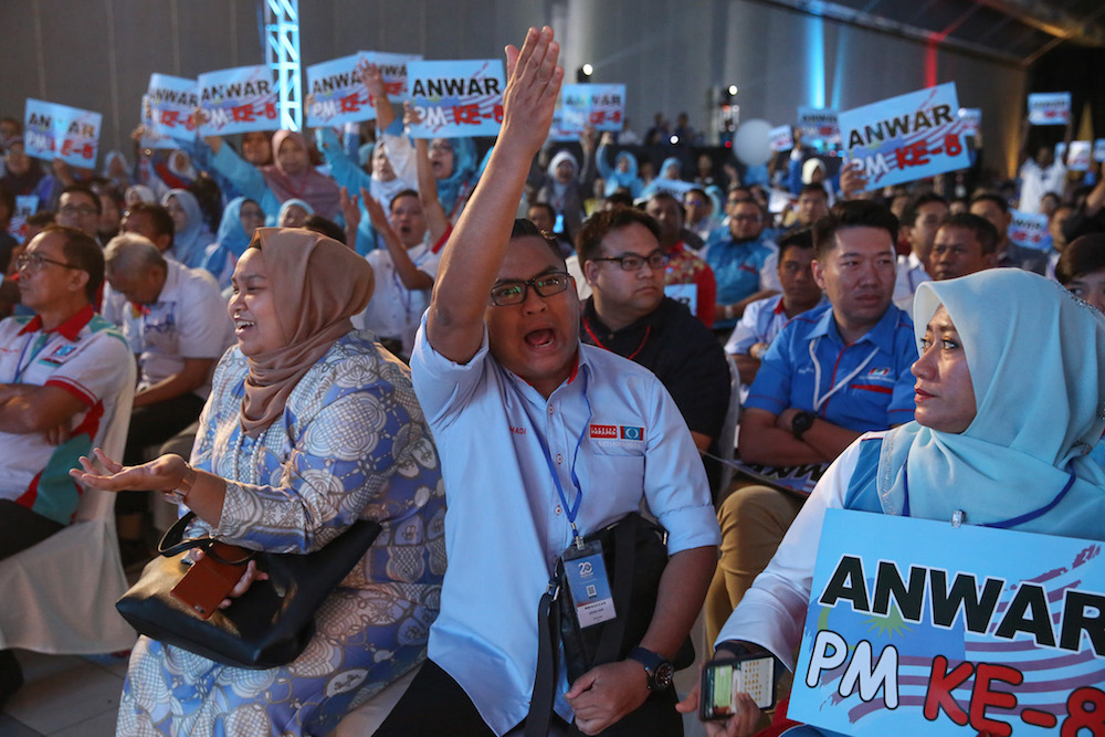 Delegates react as they listen to a speech by PKR vice-president Chua Tian Chang during the 2019 PKR National Congress at MITC in Ayer Keroh, Melaka December 8, 2019. — Picture by Yusof Mat Isa