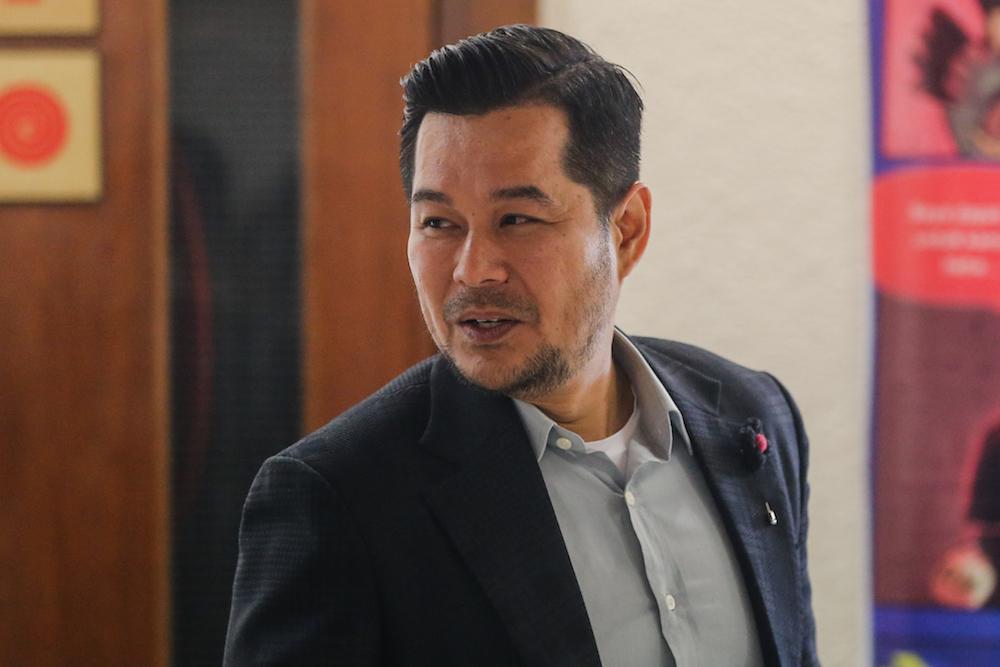 Datuk Zul Hisham Zainal is seen at the Kuala Lumpur High Court December 11, 2019. — Picture by Firdaus Latif