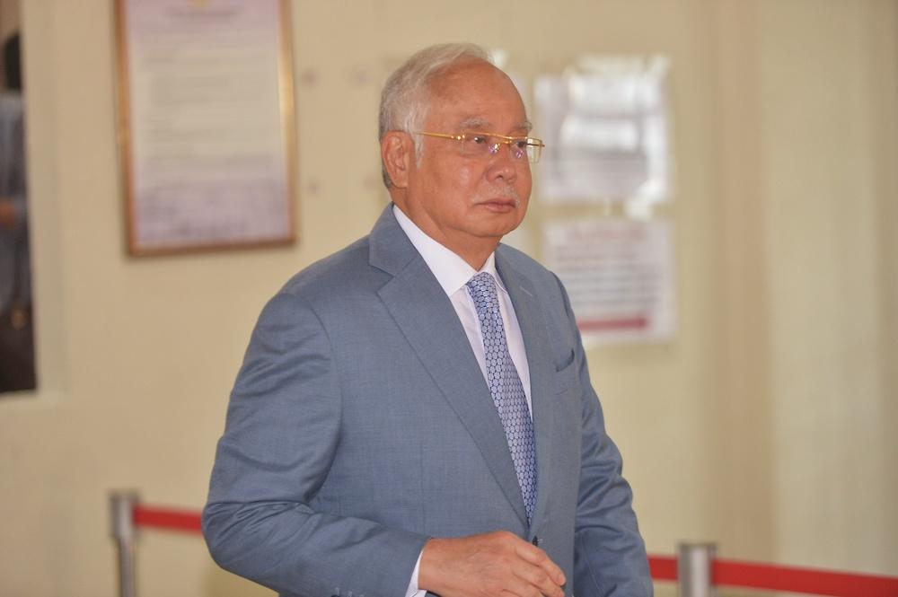 Former prime minister Datuk Seri Najib Razak leaves the Kuala Lumpur High Court December 19, 2019. — Picture by Shafwan Zaidon