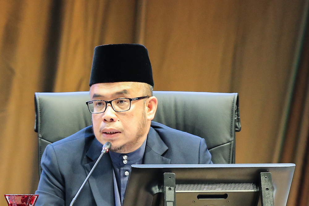 Datuk Mohd Asri Zainul Abidin urged tabligh members from Perlis who attended a gathering at the Sri Petaling Mosque to undergo health check-ups to ensure that the Covid-19 infection did not continue to spread. — Picture by Miera Zulyana