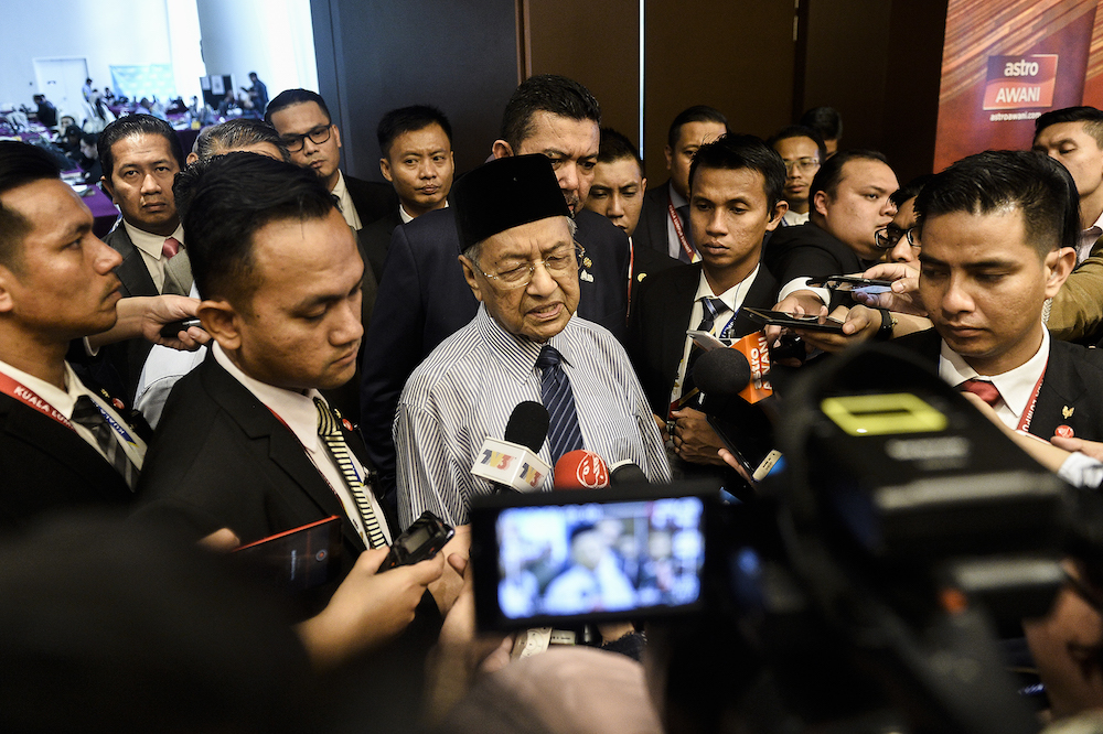 Prime Minister Tun Dr Mahathir Mohamad speaks to reporters during the Kuala Lumpur Summit 2019 December 20, 2019. — Picture by Miera Zulyana