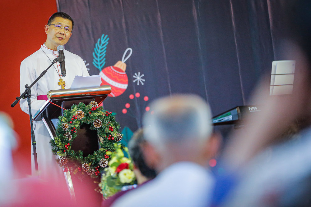 Archbishop of Kuala Lumpur Julian Leow Beng Kim gives his speech during the CFM Christmas High-Tea in Kuala Lumpur December 25, 2019. — Picture by Hari Anggara